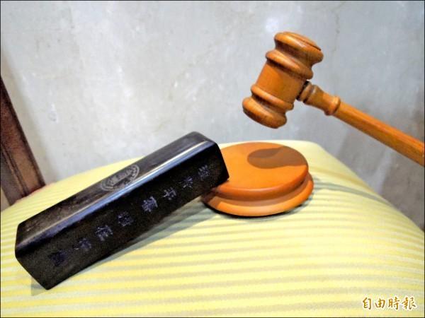 陳男誆稱做法事,向楊婦等人詐得近800萬,台中地院依詐欺罪判2年徒刑,其中1年4月得易科罰金。(資料照)