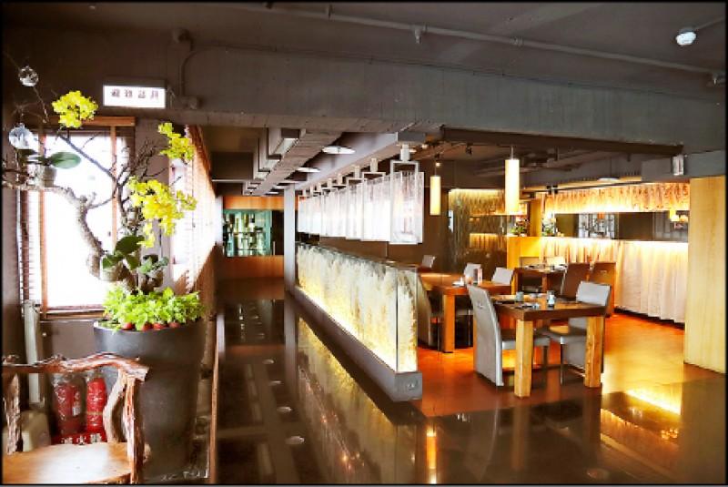 除了注重餐點精緻度,店內裝潢為和風高雅的氣氛,台北店的用餐空間特別用日本進口的大蘆葦草環繞,設計成充滿禪意的意境。(記者陳宇睿/攝影)