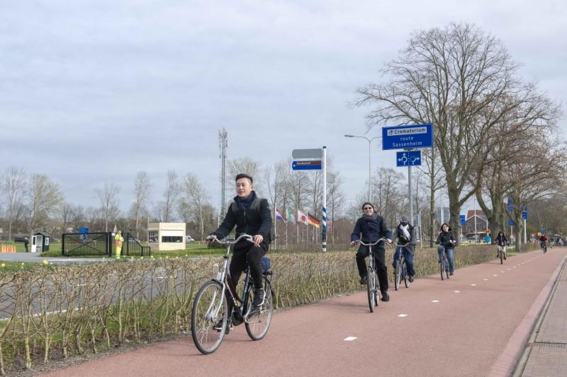 林智堅訪荷蘭 取經鬱金香公園、自行車系統