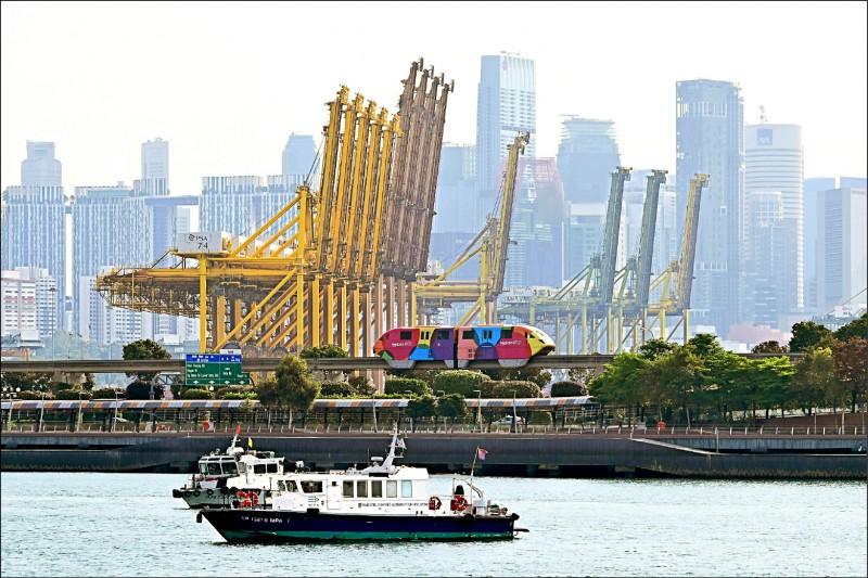 新加坡智慧財產局獲選為亞洲排名第一、世界排名第二的最具創新力智慧財產局。圖為新加坡港口一景。(法新社檔案照)