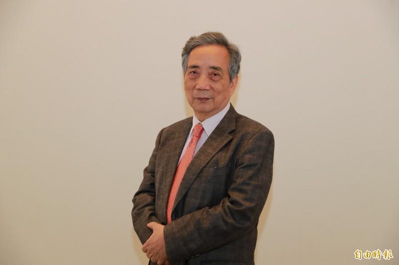 南美館董事長交接 陳輝東交棒黃光男