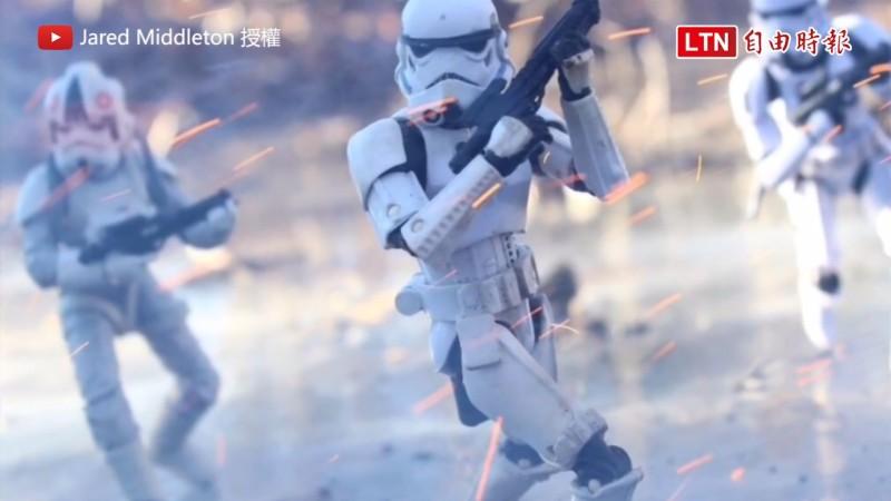 用炮竹煙火模擬槍林彈雨 模型重現星戰場面