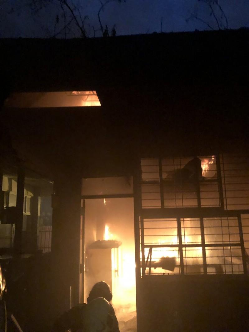 台南六信高中宿舍清晨失火 住宿生緊急疏散