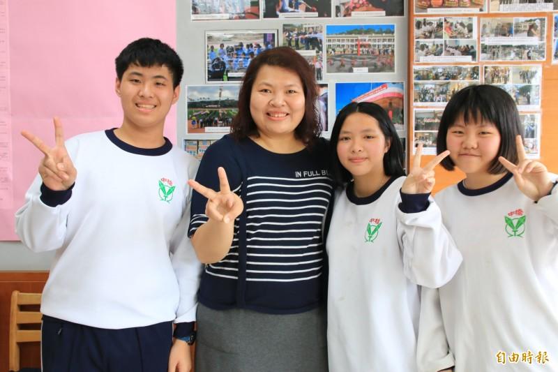 每天通勤2小時藝文灌溉偏鄉學校   張斐懿獲頒優秀青年