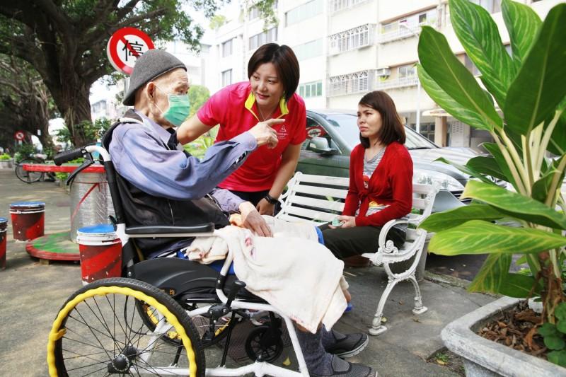中市南區國光里長病逝 女兒陳雅惠宣布出征