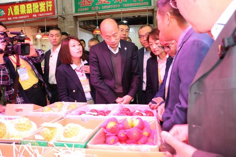 韓國瑜參訪平湖海吉星國際農產品物流園區。(資料照,高雄市政府提供)