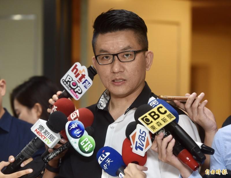 前台北市議員童仲彥因詐領公費助理補助費12萬餘元,今被台北地院判刑7年半。(資料照)