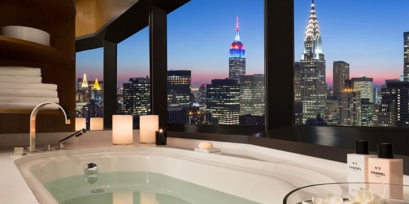 英國政府近日被外媒踢爆,在美國紐約曼哈頓砸下1200萬英鎊的重金買下一層豪華公寓,引發外界議論有浪費公帑之嫌。(圖翻攝自50 UN Plaza網站)