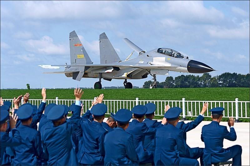 中國殲11戰鬥機。(歐新社資料照)