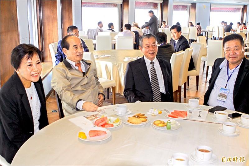 前立法院長王金平昨天下午前往墾丁福容飯店,出席全國地方議會議長、副議長第一次聯誼座談會。(記者陳彥廷攝)