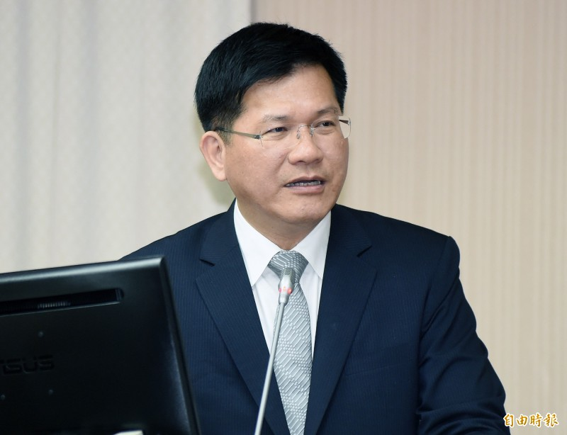 立法院交通委員會今日邀請交通部長林佳龍專題報告「清明連續假期疏運規劃」並備質詢。(記者廖振輝攝)