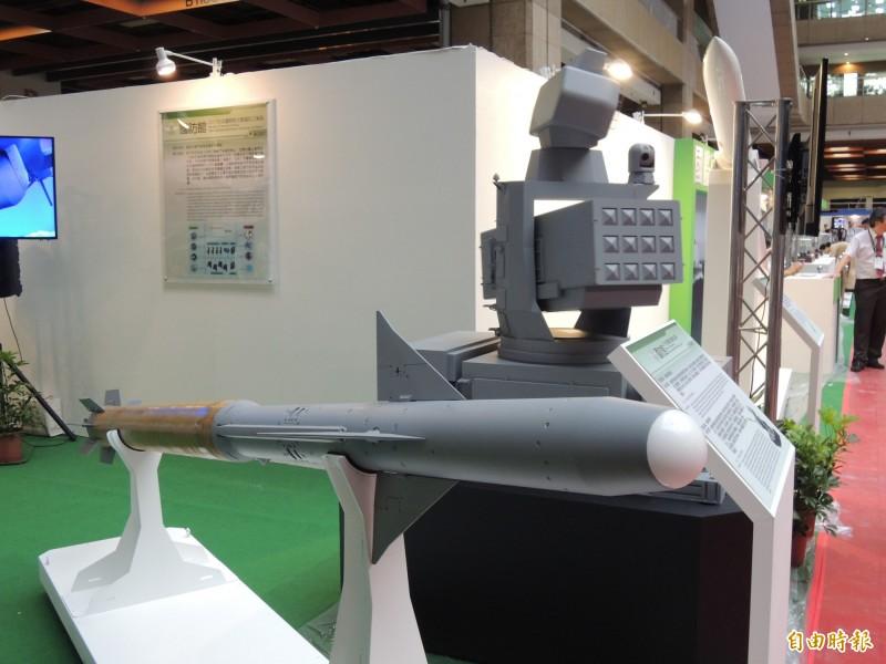 中科院研製的海劍翎艦用防空飛彈系統。(記者羅添斌攝)