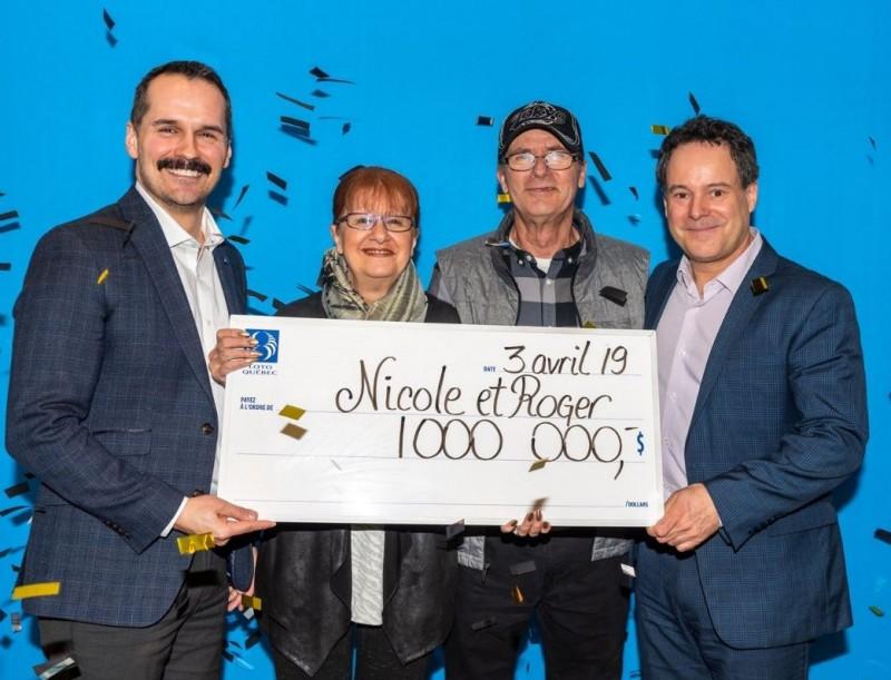 加拿大夫婦買了彩券都沒對,直到最近才發現自己爽中頭獎,在領獎期限前2天順利領獎拿走100萬加元(約新台幣2311萬元)。(圖擷自Loto-Québec臉書)