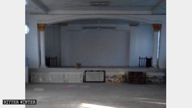 漯河市臨穎縣杜曲鎮河董教堂被強行取締、清空。(圖擷取自《寒冬》雜誌網站)