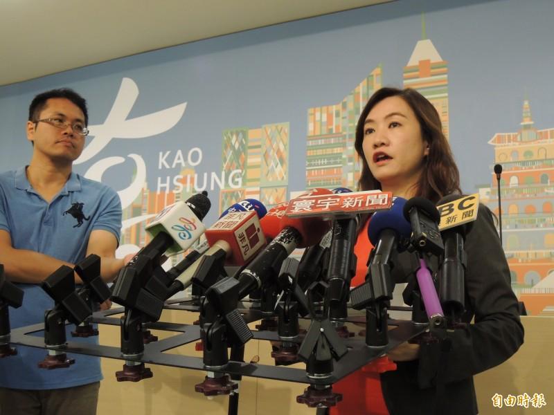 高市新聞局長王淺秋證實,韓國瑜將提早一天前往美國,純粹做好演講準備。(記者王榮祥攝)