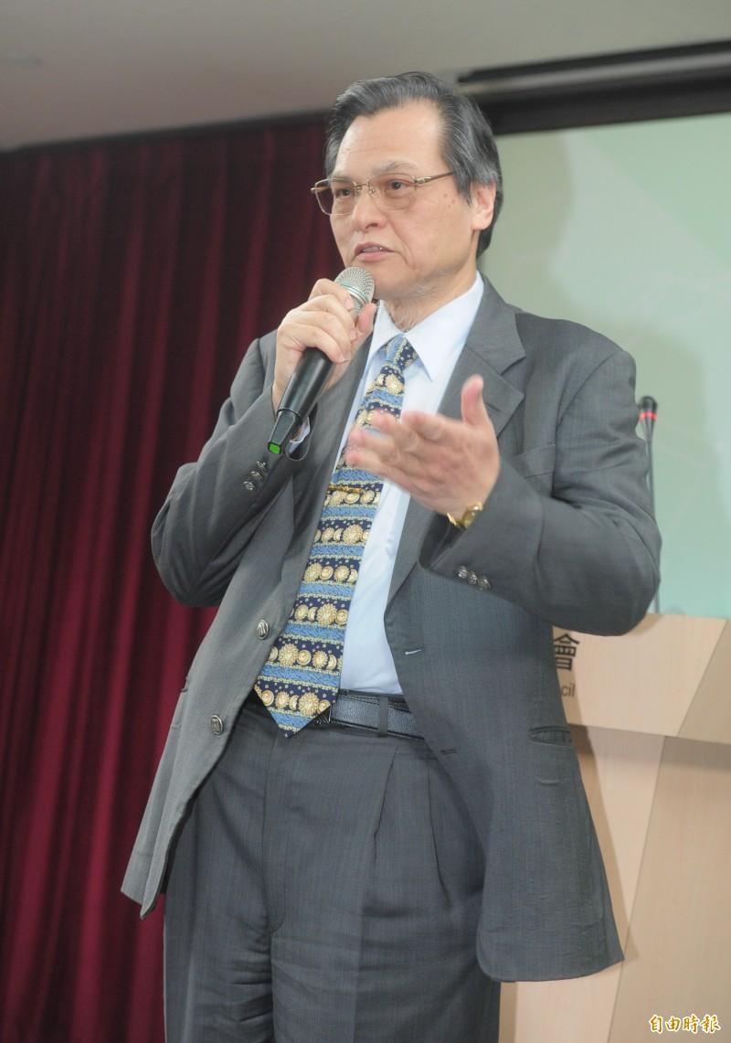 陸委會主委陳明通表示,他很肯定高雄市長韓國瑜出訪中國時賣水果,但中國不是吃素的,韓國瑜此行無疑象徵著一國兩制框架下的政治行動。(資料照)