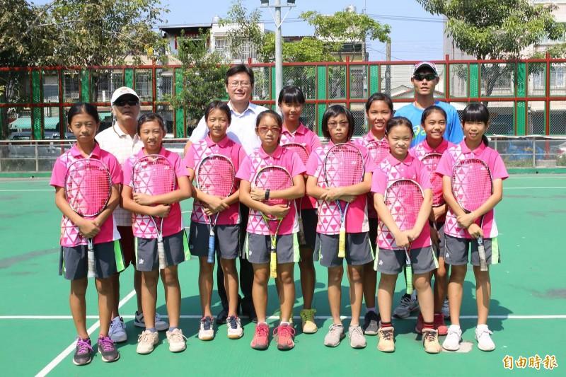 光春國小軟網女將成軍短短5年征戰國內外賽事,今年再度取得代表台灣前往日本參賽的門票。(記者邱芷柔攝)