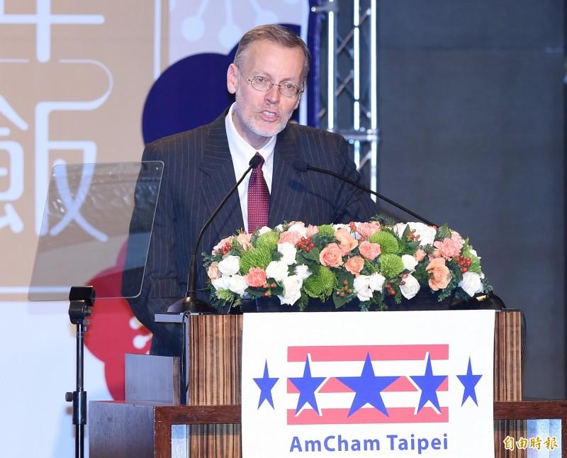 AIT今天再度於臉書發文,稱「將支持台灣對抗限制台灣參與國際舞台的手段」。圖為AIT處長酈英傑。(資料照)