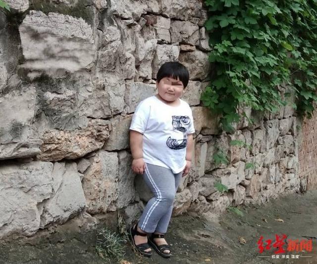 中國河南省一名7歲女童被送進武校學習武術,不過2天,就傳出死亡的消息。(圖翻攝自中國《紅星新聞》)