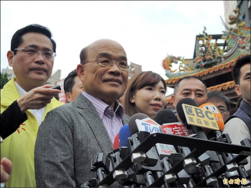 行政院長蘇貞昌昨天以三國演義為例,呼籲國人同心,才能抗拒中國統一。(記者翁聿煌攝)