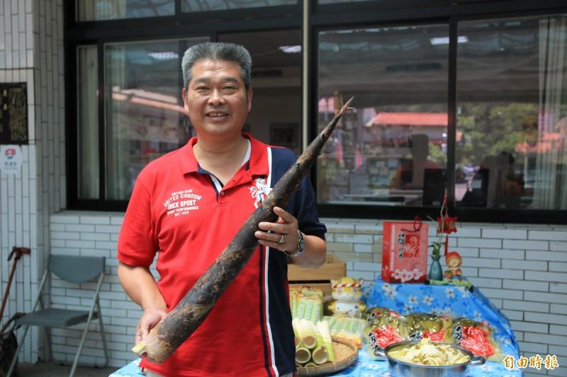 南庄鄉農會總幹事陳乾安表示,今年春雨準時報到,使桂竹筍得以如期上市,但希望降雨能持續,才能確保產量供應無虞。(記者鄭名翔攝)
