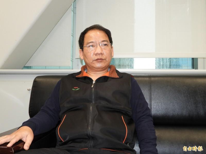 新北市泰山區長謝文祥被指控在捷運上涉嫌性騷擾,今天謝文祥出面喊冤,指捷運上推擠,沒有做出性騷擾行為。(記者賴筱桐攝)