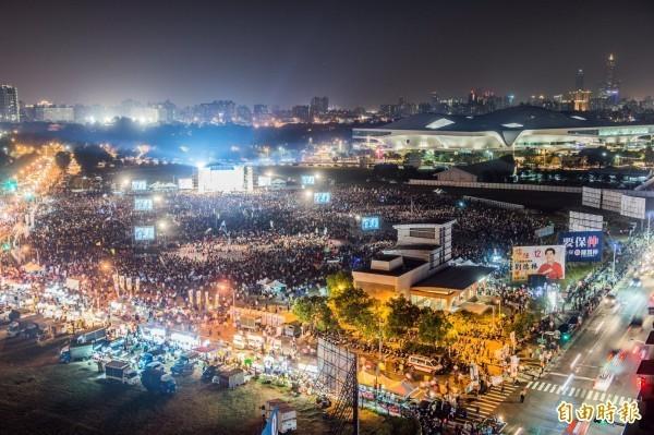 96%鄉民表示,若真與中國簽署和平協議,將走上街頭捍衛民主。(資料照)