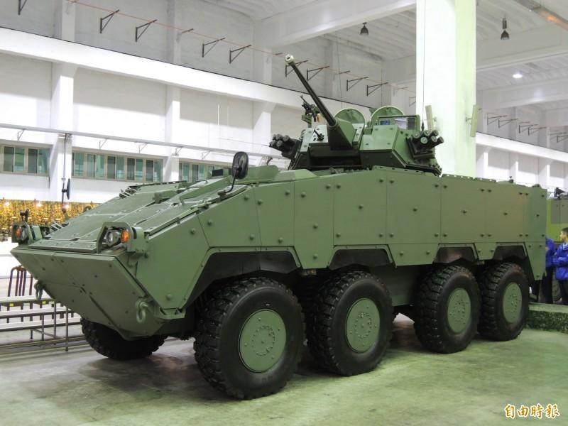 憲兵指揮部有望在今年接收6輛新型30公厘鏈砲雲豹甲車。(資料照)