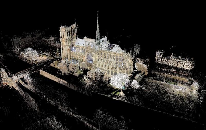 美國瓦沙學院藝術史教授泰隆使用雷射精準掃描巴黎聖母院,為世人留下近乎完美的聖母院數位原型。(瓦沙學院提供,法新社)