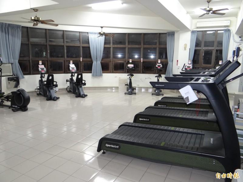 里活動中心擁旗艦級運動設施 使用率不高 里長嘆可惜
