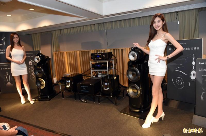 高雄國際音響大展在國賓大飯店登場,今年預售票達6成,展方樂觀估將帶動業績成長。(記者張忠義攝)