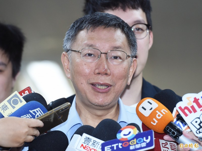台北市長柯文哲表示,就按規矩強硬執行,但不要去拆又有一大堆議員出來協調。(記者廖振輝攝)