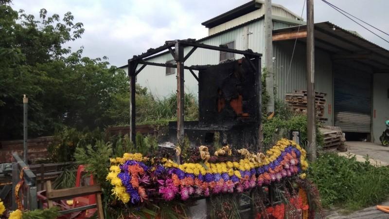 淡水驚傳火燒車 竟是改裝貨車起火