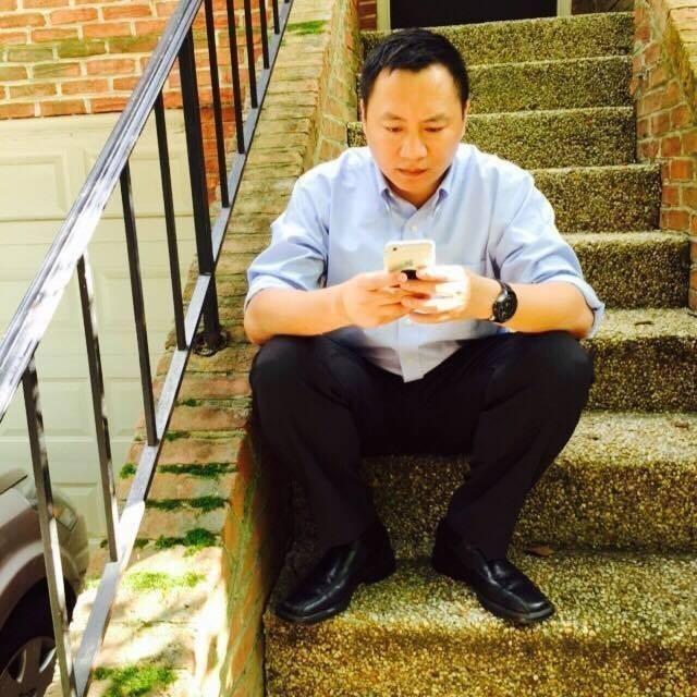 王丹今(20日)晚在臉書PO文,表示希望詢問所有想選總統的人「對六四問題有什麼看法」。(擷取自王丹臉書)