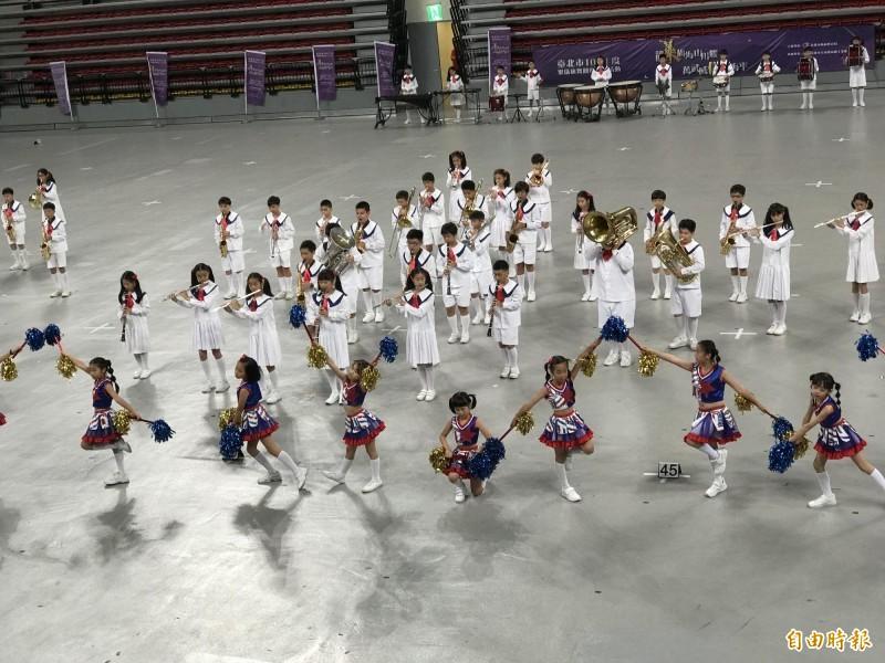 台北市樂儀旗舞嘉年華 國小啦啦隊精湛表演揭序幕