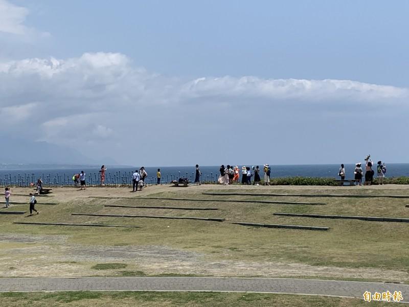 台東縣遊客量有回升趨勢。(記者張存薇攝)