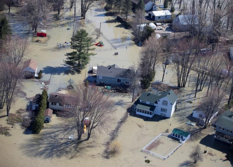加拿大東部日前因春季融雪加上豪雨引發洪災,多地受到影響。(路透)