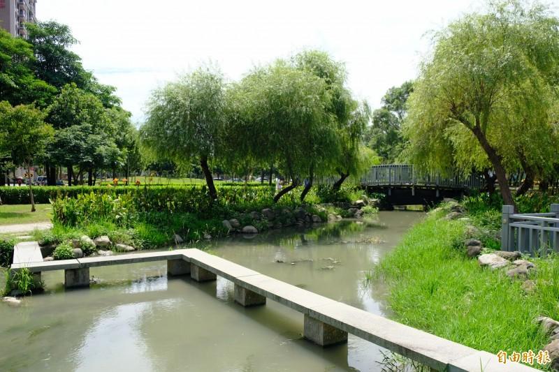 針對民眾關切的竹北國際客家藝術村計畫,新竹縣文化局說,東興圳整體景觀再造第一期工程日前決標,整體計畫預計2020年中竣工,目前積極趕工中。(記者廖雪茹攝)