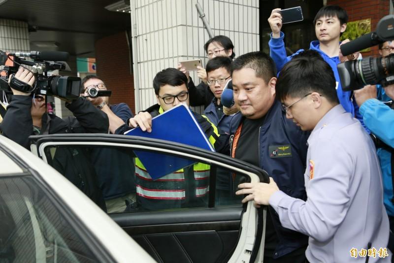 高等法院今依重傷害未遂罪判朱雪璋(中)6年。(資料照)