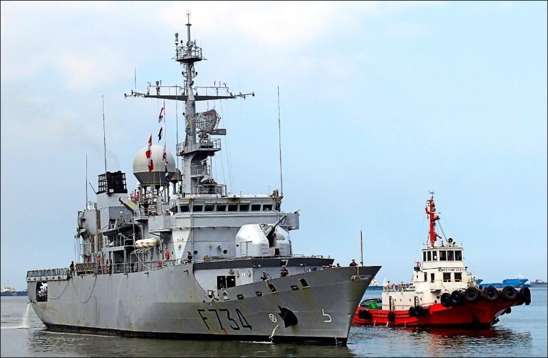 法國海軍巡防艦「葡月號」(Vendemiaire)本月6日通過台灣海峽,中國怒嗆「非法進入中國水域」。(路透資料照)