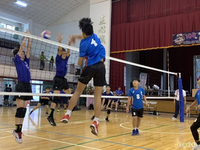 台電盃排球錦標賽,今明2天在屏東縣展開競技(記者葉永騫攝)