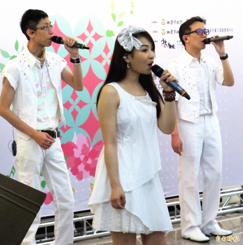 「2019桃園合唱藝術節」即將登場,參加的表演團隊齊聚為活動開嗓。(記者李容萍攝)