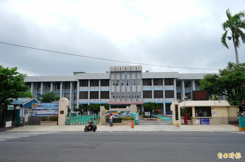 東港高中。(記者陳彥廷攝)