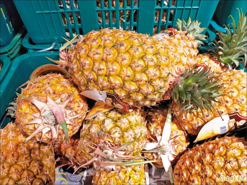 今年第一季水果外銷已突破廿億,鳳梨、蓮霧出口值都比去年同期成長超過一倍。(記者簡惠茹攝)