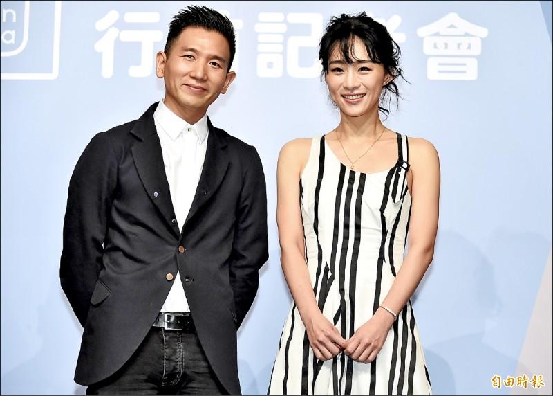 第72屆坎城影展將於14日到25日舉行,台片今年有包括趙德胤執導的《灼人秘密》入圍「一種注目」單元,趙德胤(左)昨率身兼編劇的女主角吳可熙(右)、配樂林強等人一同出席行前記者會,直說對該片受到坎城影展青睞非常驚訝,「這是一部關於女性、台灣的電影」,對於前往影展平常心以對。(記者陳奕全攝)