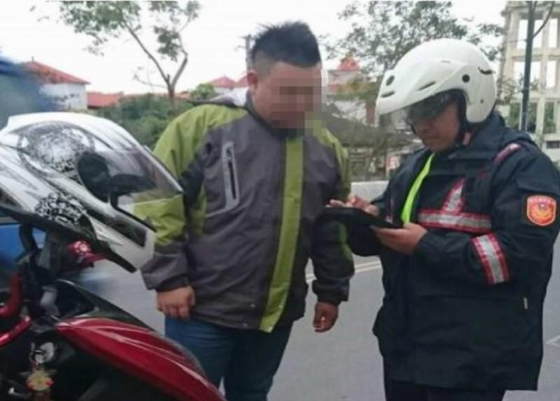 彰化縣10大交通違規項目出爐,警方呼籲用路人別逞一時之快,跟自己的荷包過不去。(記者湯世名翻攝)