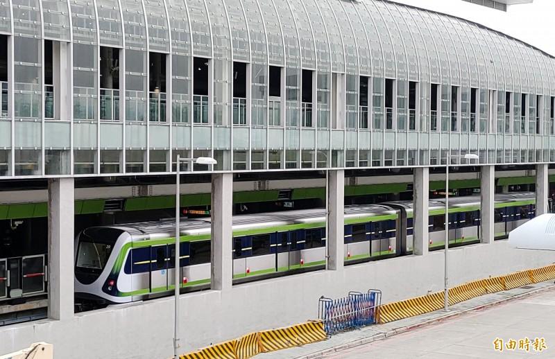 台中捷運綠線將在明年底前全線通車。(記者張菁雅攝)
