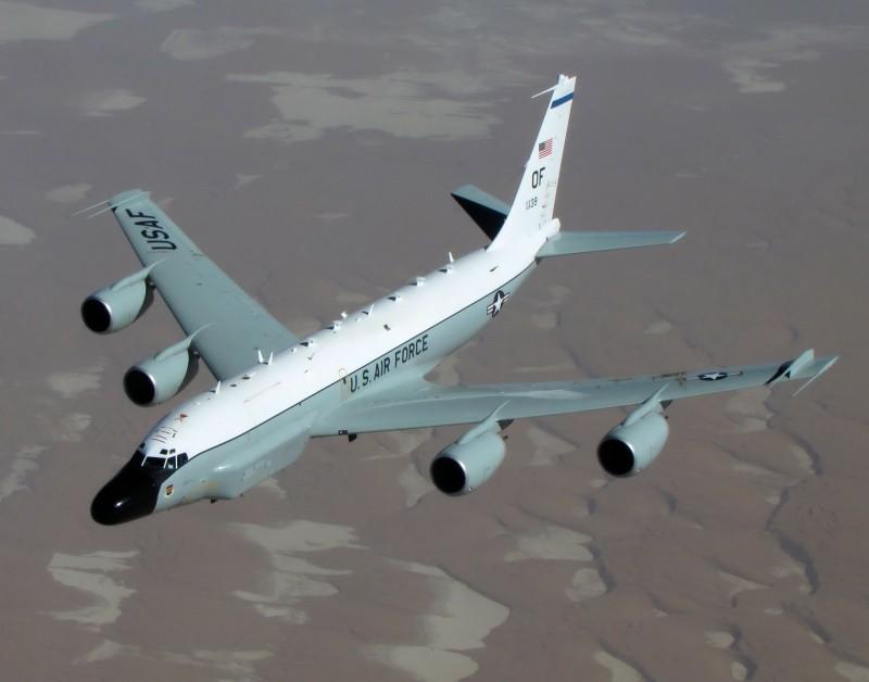 國空軍所屬的RC-135偵察機8日上午在首爾與仁川上空飛行。南韓軍方認為,可能是為了密切監視北韓再次發動挑釁的徵兆。(圖擷自U.S. AIR FORCE)