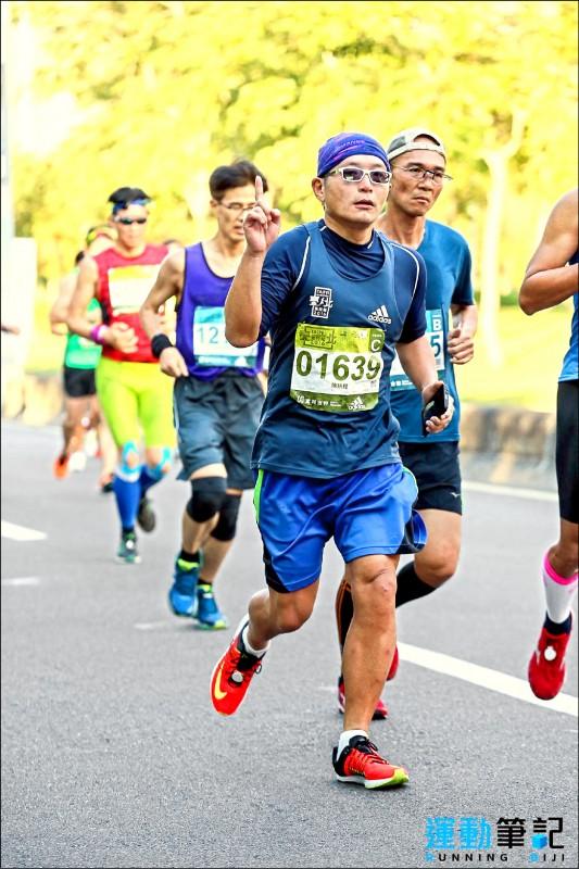 ▲專家建議,每天最起碼要運動30分鐘,且以慢跑、散步、騎車等中等強度的運動為宜;圖為情境照。(照片提供/柯俊銘)