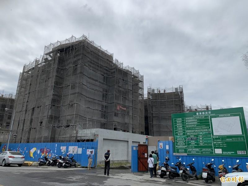 台東幸福住宅預計八月完工。(記者張存薇攝)
